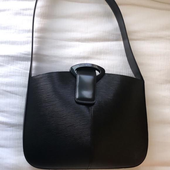 Louis Vuitton Handbags - ✨💕Authentic Louis Vuitton Epi shoulder bag!💕✨